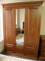 Шкаф «Розмари» 3-х дверный 015.03-400